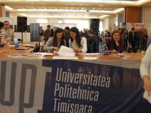 Studenții sau absolvenții UPT își pot găsi un loc de muncă la Zilele Carierei