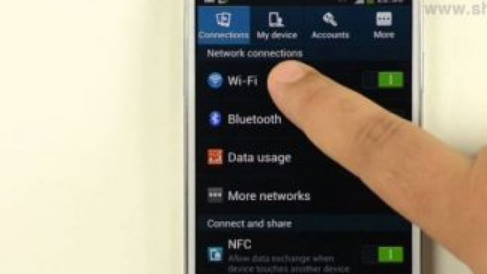 SRI le recomandă celor care merg în vacanţă să evite reţelele Wi-Fi publice