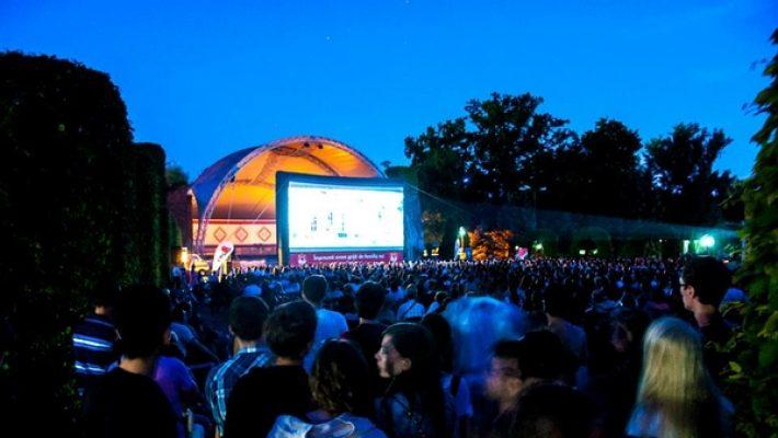 Caravana Metropolis – Cinema în aer liber