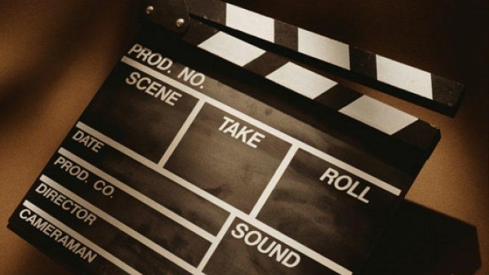 Proiecții de film în Piața Libertății