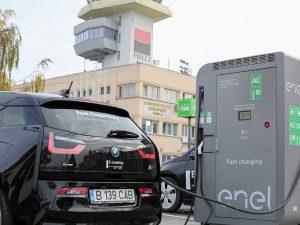 Stație de încărcare rapidă a mașinilor electrice la Aeroportul Internațional Timișoara