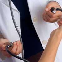 Medicii militari fac consultaţii gratuite în judeţul Timiș