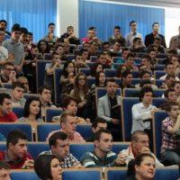Peste 1000 de elevi vin la UPT