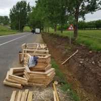 Se lucrează la drumul spre satul rotund din județul Timiș
