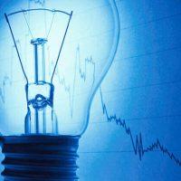 ANRE: Preţul energiei pentru consumatorii casnici va scădea în medie cu 3,5 %