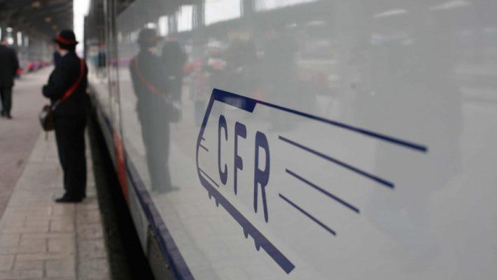 CFR Călători: studenții vor putea cumpăra bilete de tren și online