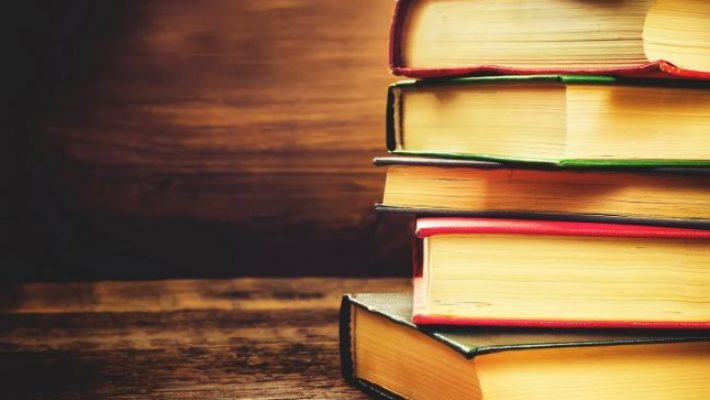 Sondaj: Programele școlare actuale sunt prea încărcate
