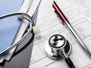 Zece reforme pentru a îmbunătăți sistemul medical din România
