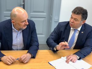 ADR Vest și UVT au semnat un nou contract de finanțare
